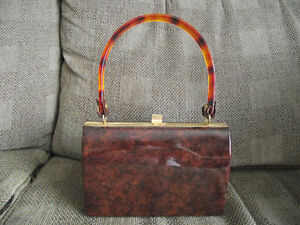 brown/tortoise patent purse