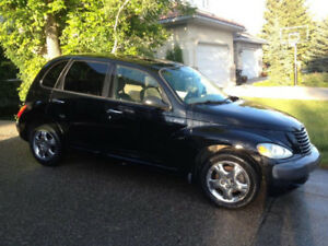 BEAUTIFUL BLACK PT CRUISER INSIDE AND OUT. UPGRADED!!!!!