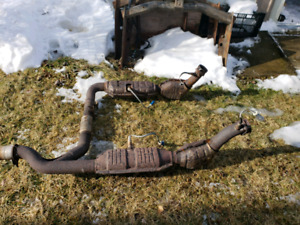Ford 4.6 Y-pipe catalytic converters