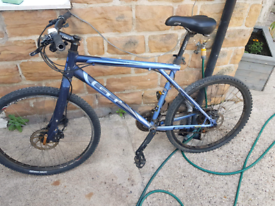 gt triple triangle rare bike hydrolic brakes