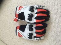 Motorbike gloves. Mens dainese size XL