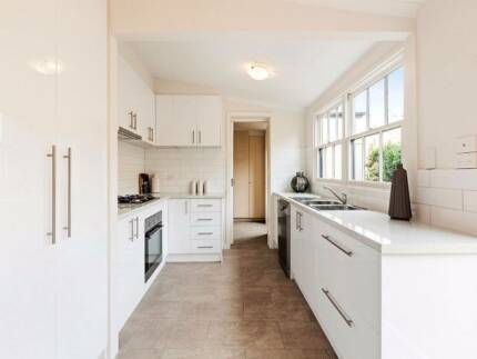 Complete kitchen with cupboards, bench and appliances! *as new* Prahran Stonnington Area Preview