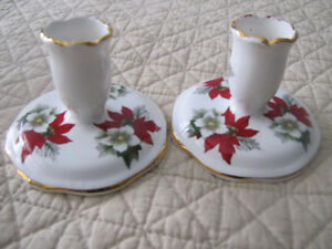 set of 2 Christmas Candle Holders Poinsettia Pattern