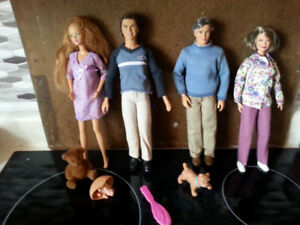 4 Happy Family Barbies and Baby SPPU