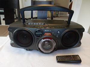 """Sony CD, Radio, Cassette """"Ghetto Blaster"""" Portable Stereo"""