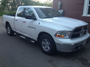 2011 dodge ram 1500 SLT new inspection 10,900