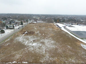 PRIME 4.33 ACRE LOT - COMMERCIALLY ZONED IN LINDAY