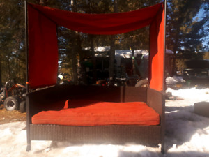Outdoor bed /couch