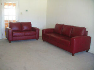 "almost new ""Chesterfield"" genuine leather sofa set, delivery"