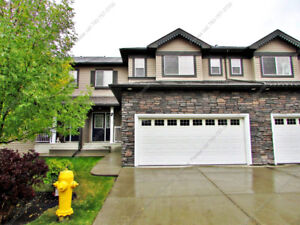 *REDUCED**BEAUTIFUL 3-BDRM TOWNHOUSE W/ GARAGE IN BEAUMONT