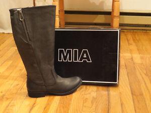 Botte noir de marque MIA shoes NEUVE!