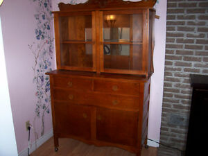 1950's era  Sideboard Hutch