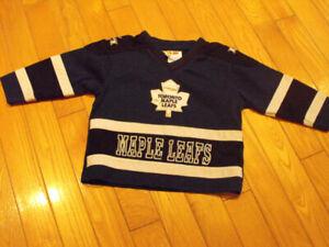Chandail des Maple Leafs de Toronto pour enfant : 2 ans
