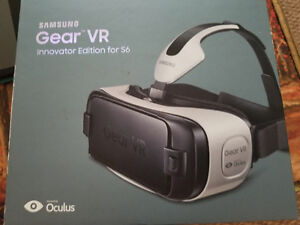 Gear VR - Innovator Edition + 2 VR covers
