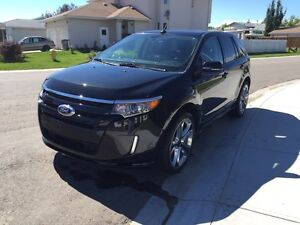 2014 Ford Edge Sport **LOW KM's**