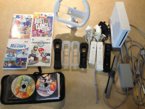 Soft Modded Nintendo Wii + Tons of Games