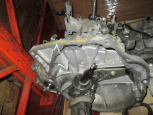 -ACURA CSX 2006-2011 STANDARD 5 SPEED TRANSMISSION WITH 68000 KM