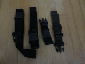 LOT OF 4 LUGGAGE STRAPS BUCKLES LUGGAGE ACCESSORIES London Ontario image 3