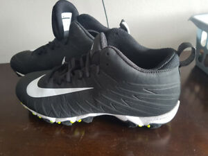 Football cleats size 8.5 mens