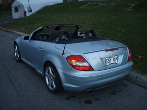 Décapotable 2005 Mercedes-Benz SLK350 AMG