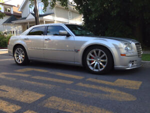 2006 Chrysler 300-Series SRT8 Berline