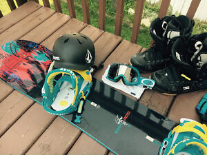 GREAT SNOWBAORD GEAR, great condition