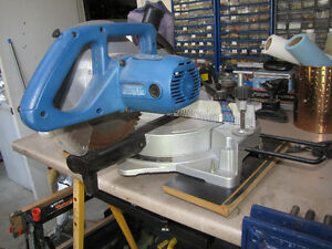 Mitre Saw ans Stand Windsor Region Ontario image 2