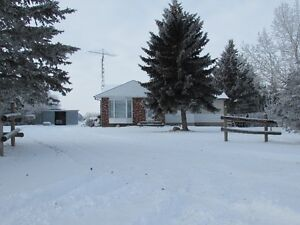 Almost 40 acre, many outbuildings, upgraded bungalow