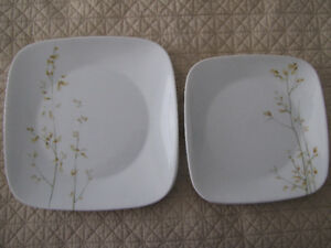 15 Corelle Corningware Plates/Dishes