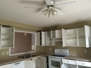 Rent Reduced- A lovely 4 bedroom condo in East Regina for March