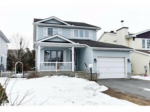 3 Atoll Barrhaven move in ready Single house quiet neighborhood