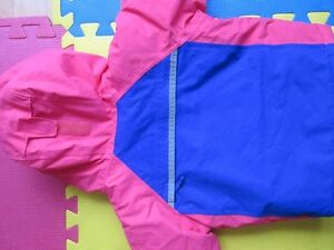 Toddler Girl Columbia 2 Piece Snowsuit Size 2T Cornwall Ontario image 5