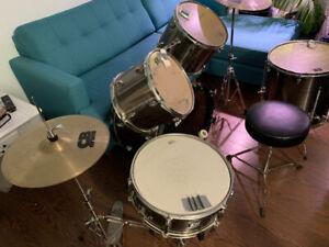 CB Drum Set (5 piece + 2 cymbals)