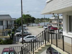 Florida Unit for Sale - Fully Furnished in Lake Worth, FL