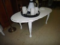 White w\ Black Accent Coffee Table D452