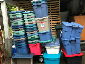 Rubbermaid bins 4.00 /bin