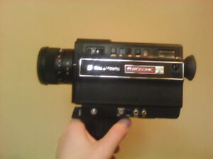 BELL AND HOWELL FILMOSONIC 1238 MACRO Camera. ****Reduced