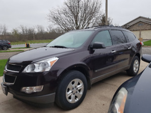 2010 Chevy Traverse LS