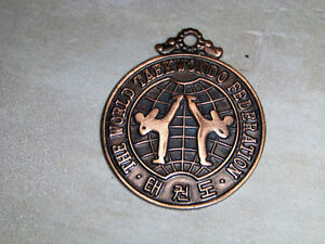 THE WORLD TAEKWONDO FEDERATION-BRASS COLOR METAL MEDALLION-RARE!