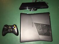 Mint Hardly Used XBOX 360 w/ Kinect $135 OBO