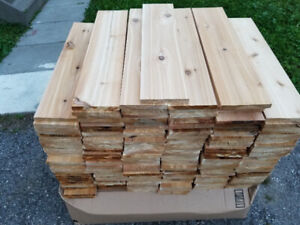 Western red cedar fence boards 2 and 1 foot lengths