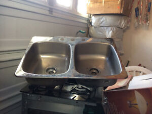 Double kitchen sink- a few months old