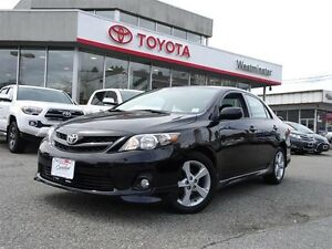 Toyota Corolla Moon Roof Package 2012