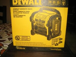 DEWALT COMPACT WORK RADIO NEW< UNOPENED