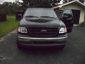 2001 Ford xlt Pickup Truck
