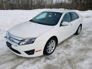 2012 Ford Fusion SEL AWD. Clean title. Fresh safety
