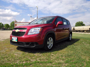 2012 Chevrolet Orlando CLEAN TITLE + LOW KMS!