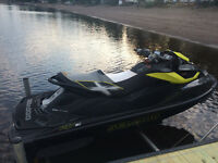 2013 SEA DOO RXT-X 260 AS (ONLY 17 HOURS - STILL WARRANTY)