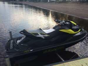 2013 SEA DOO RXT-X 260 AS (ONLY 21 HOURS - STILL WARRANTY)