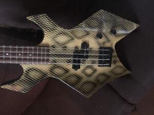 BC Rich bass